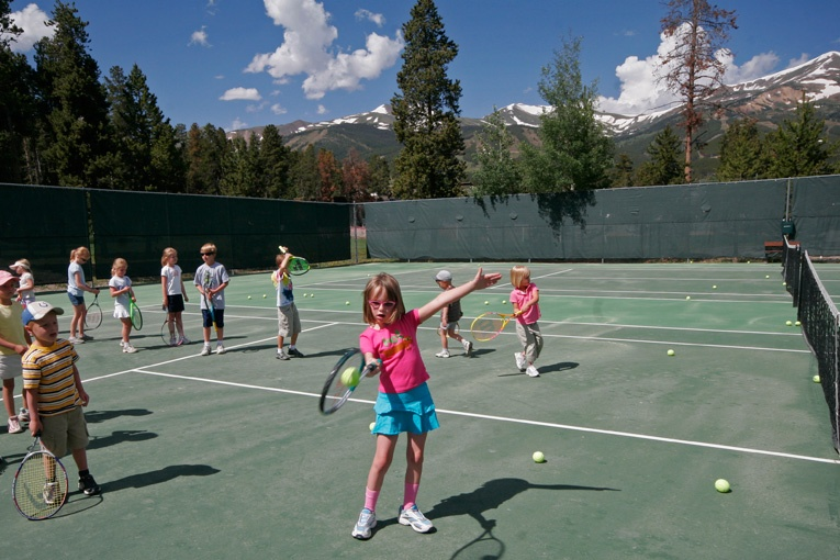 Childrens' Tennis Lessons at the Rec Center