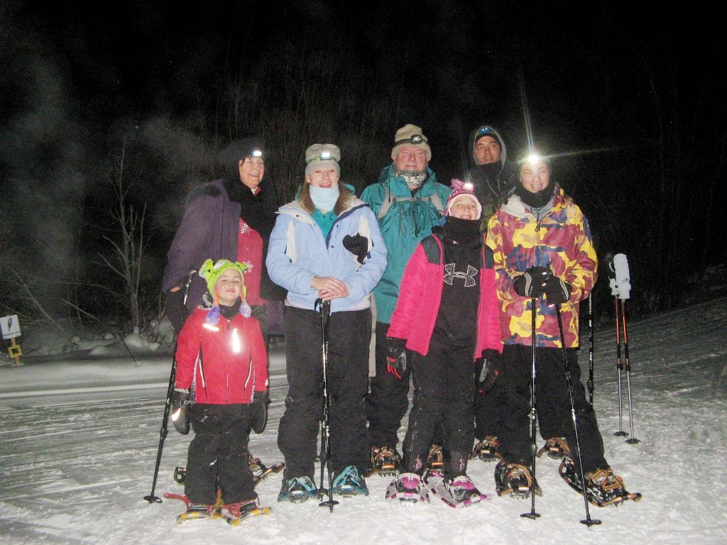 Full moon snowshoe tour